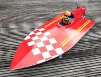 Jumper Fiberglas 1: 5 Outboard mono racer