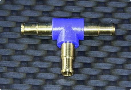 Schlauchverbindung T-Verteiler / Innen 2,3 mm