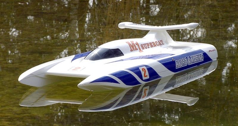 M-1 Supercat  GFK/Kohlfaser Messe Ausstellungsmodell