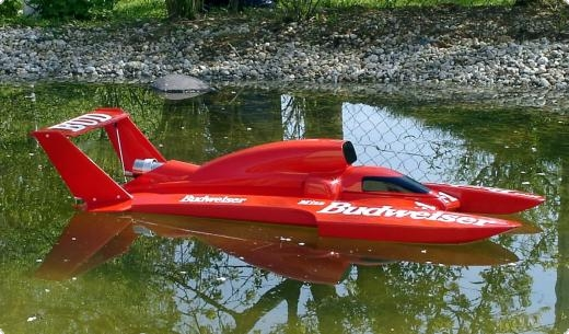Twin Wing T-4 MS 1:8  with cover for petrol engines RED Semi Scale Hydroplane